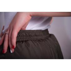 Зауженные женские брюки с манжетой, цвет- хаки