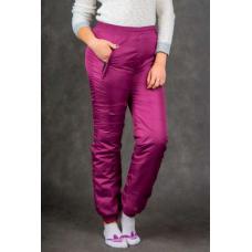 Утепленные женские брюки на манжете по щиколотке, цвет- брусничный