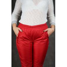 Утепленные женские брюки на манжете по щиколотке, цвет- красный