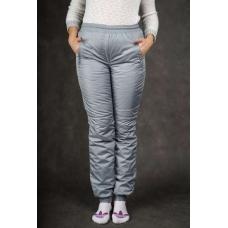 Утепленные женские брюки на манжете по щиколотке, цвет- серый