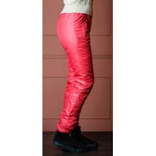 Утепленные зауженные женские брюки из глянцевой ткани,  цвет -красный