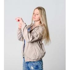 Женская  ветровка  с капюшоном, цвет- бежевый