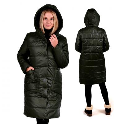 Пальто зимнее с объёмным капюшоном и с накладными карманами, цвет-черный