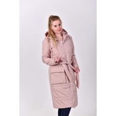 Удлиненное демисезонное  пальто с  накладными карманами. цвет - пудровый
